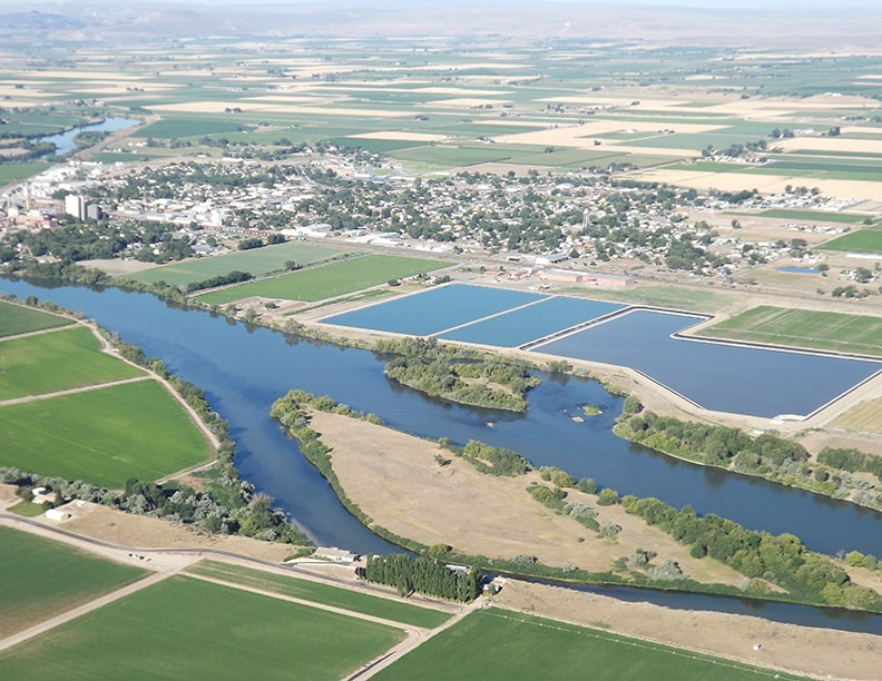Ariel view of the Snake River over Nyssa Oregon